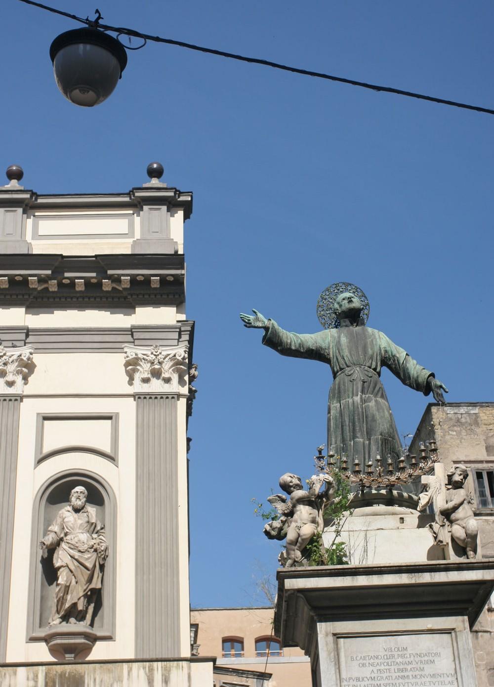 Statue de San Paolo Maggiore, Naples